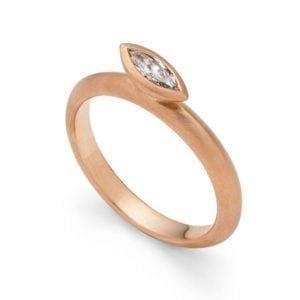 Daisy ring 18R